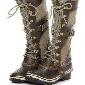 EUC SOREL Conquest Carly Boots